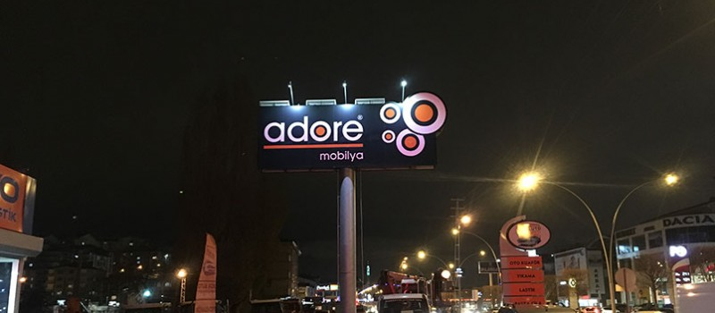 reklam-panosu-gunes-enerjili-led-aydinlatma-adore-03